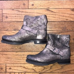 💎🖤FRYE Boots Rare Find Gold Brushed Metallic